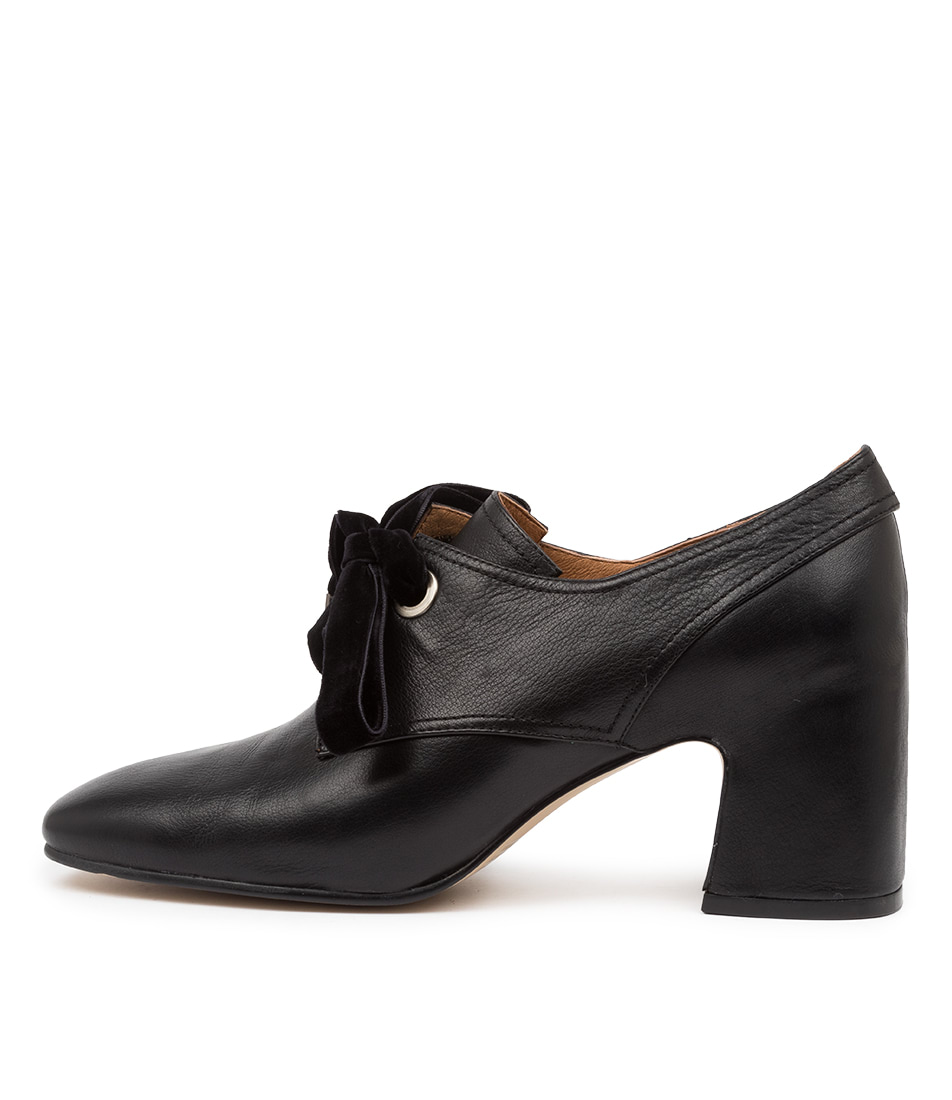 Buy Top End Farish To Black High Heels online with free shipping