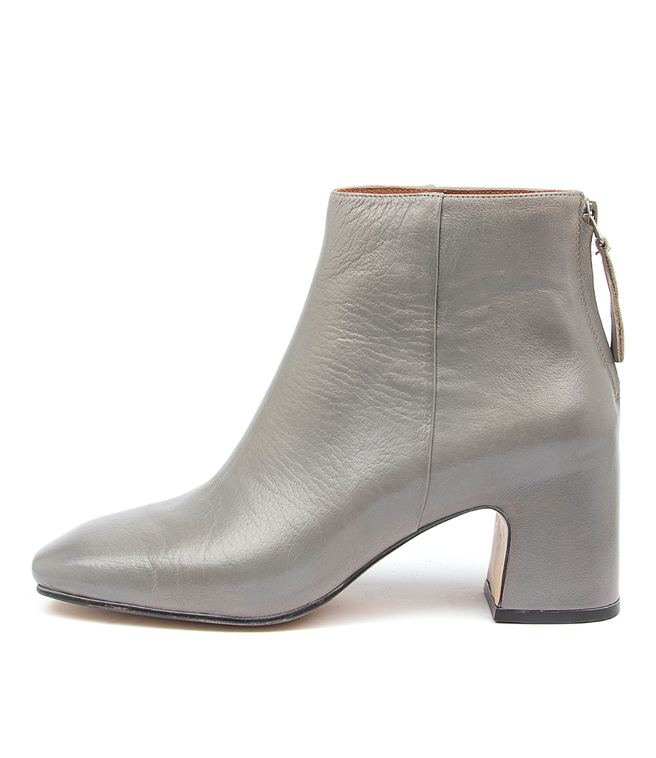 Buy Top End Faylee To Grey Ankle Boots online with free shipping