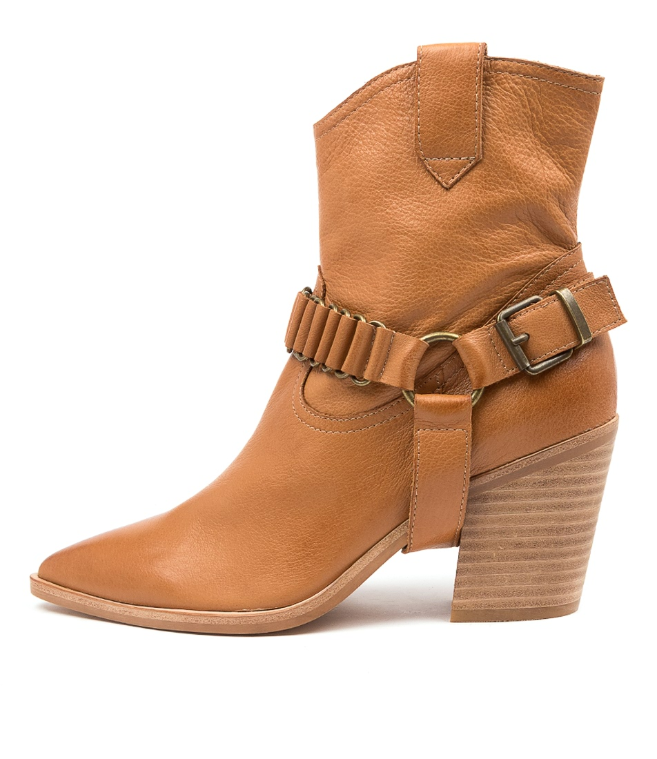 Buy Top End Marysville To Dk Tan Ankle Boots online with free shipping