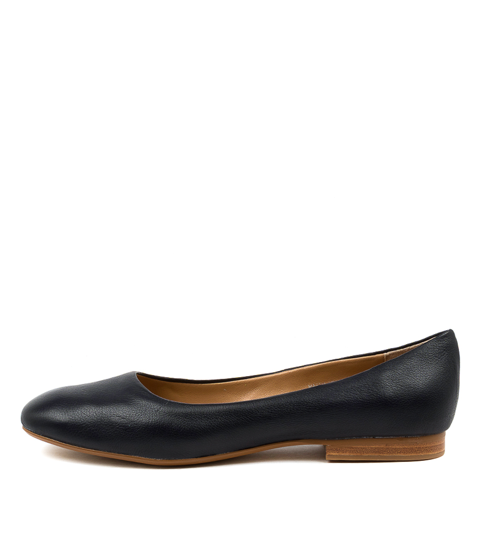 Buy Top End Mattia To Navy Flats online with free shipping