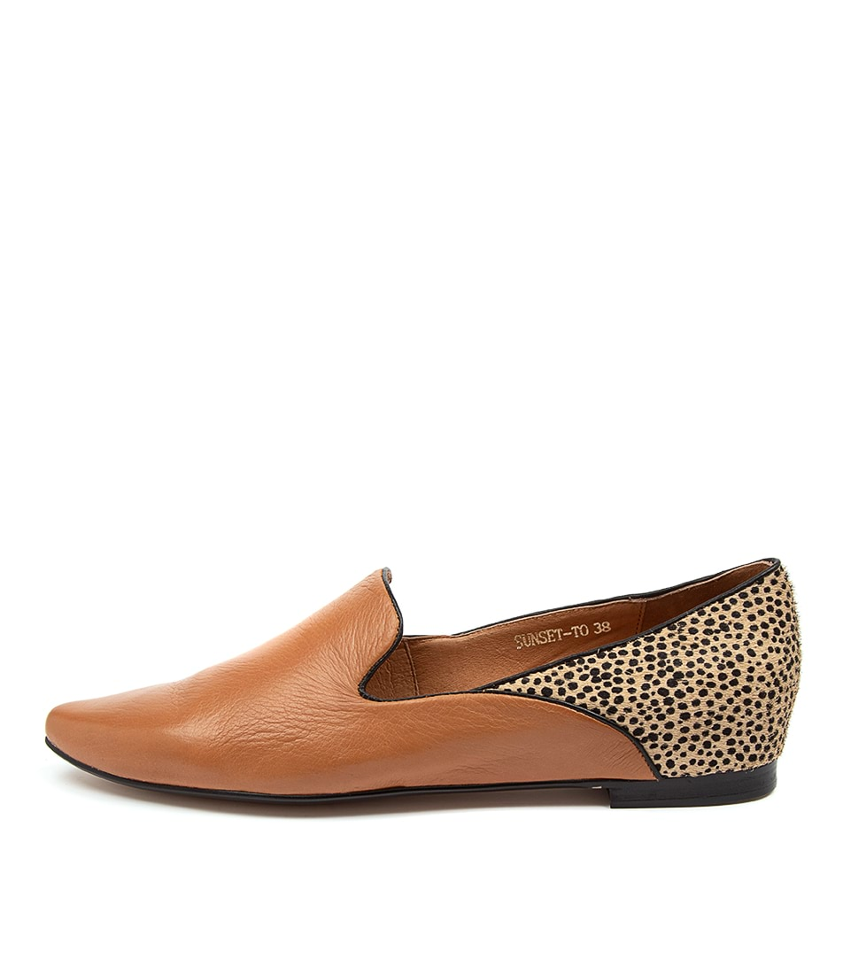 Buy Top End Sunset To Tan Tan Speckle Flats online with free shipping