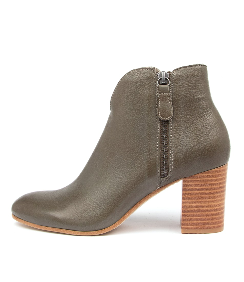 Buy Top End Unicorn To Olive Ankle Boots online with free shipping