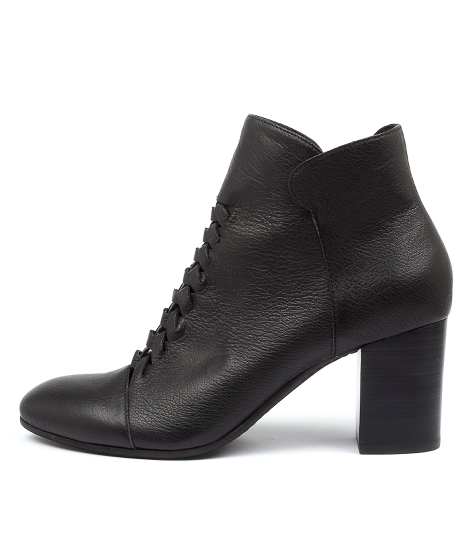 Buy Top End Undong To Black Heel Ankle Boots online with free shipping