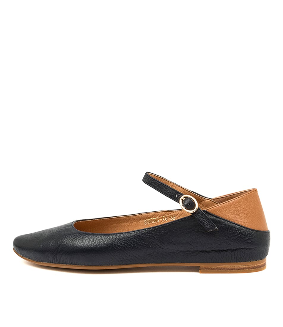 Buy Top End Sakura To Navy Tan Flats online with free shipping