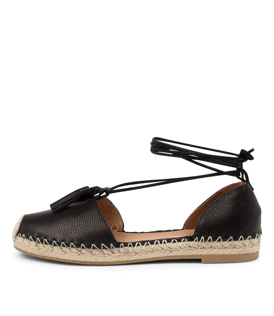 Buy Top End Tyrie To Black Flats online with free shipping