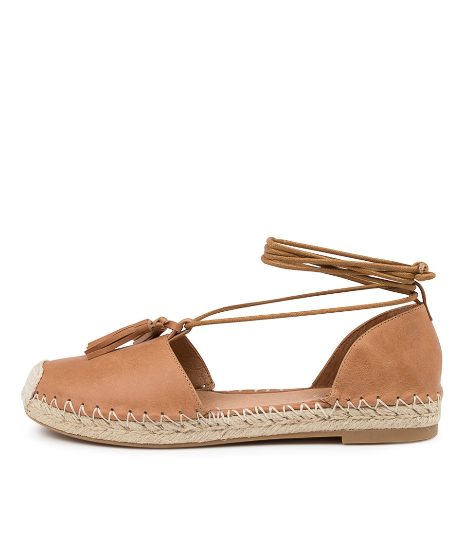 Buy Top End Tyrie To Tan Flats online with free shipping