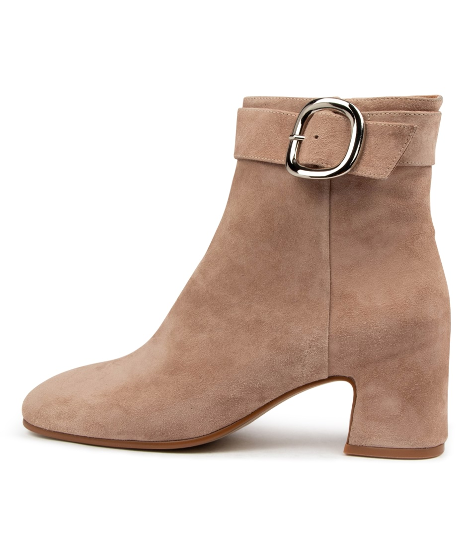 Buy Top End Favian To Latte Ankle Boots online with free shipping