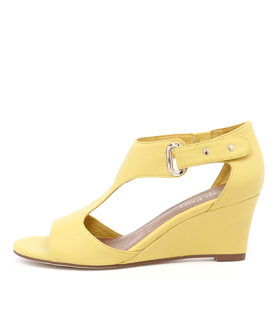 Top End Unico Light Yellow Dress Heeled Sandals