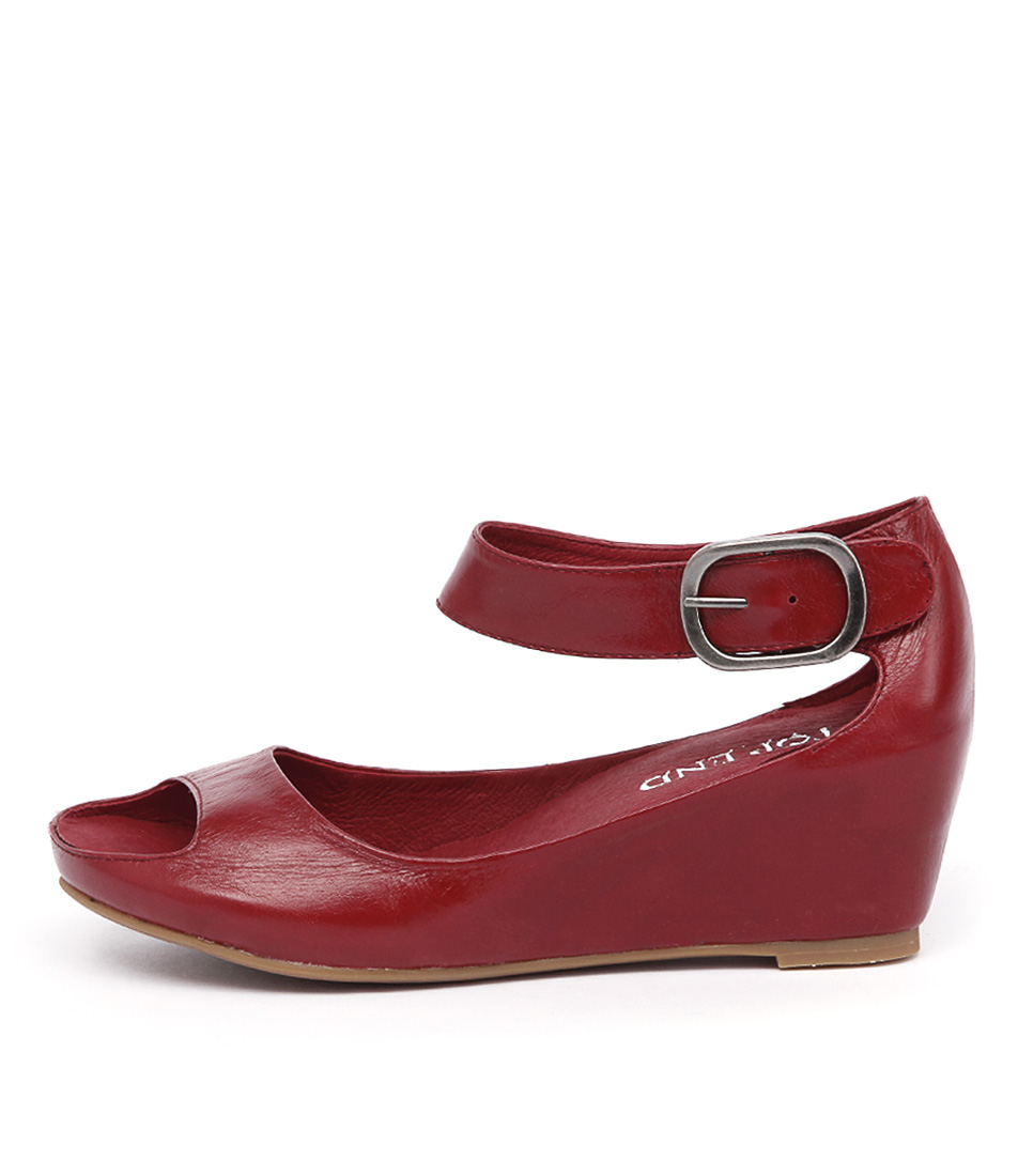 Top End Terse Red Casual Heeled Sandals