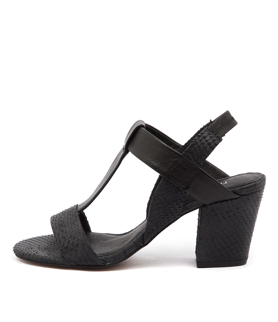 Top End Vassik Black Sandals womens shoes online