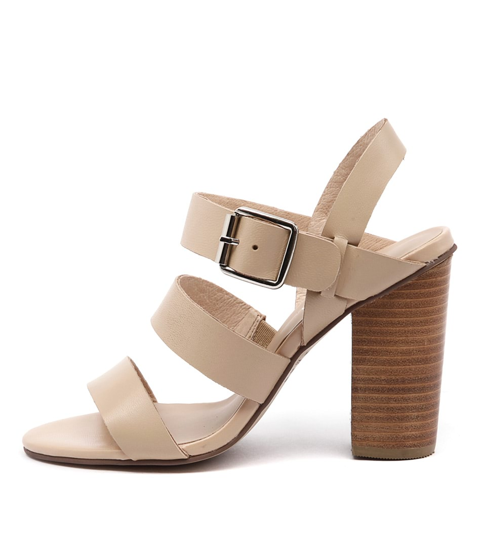 Top End Wizz Nude Casual Heeled Sandals