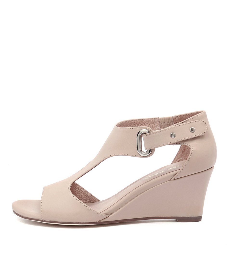 Top End Unico Nude Dress Heeled Sandals