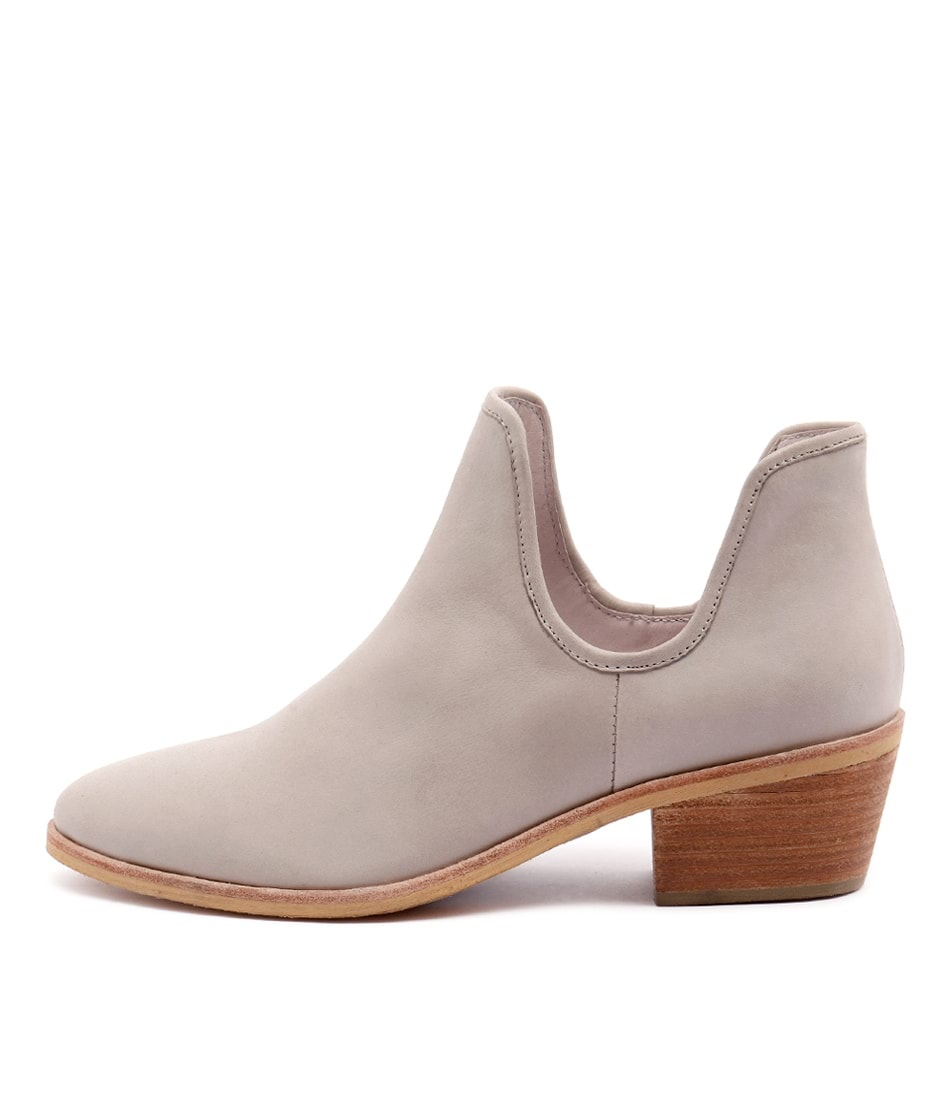 Top End Chinchy Putty Ankle Boots