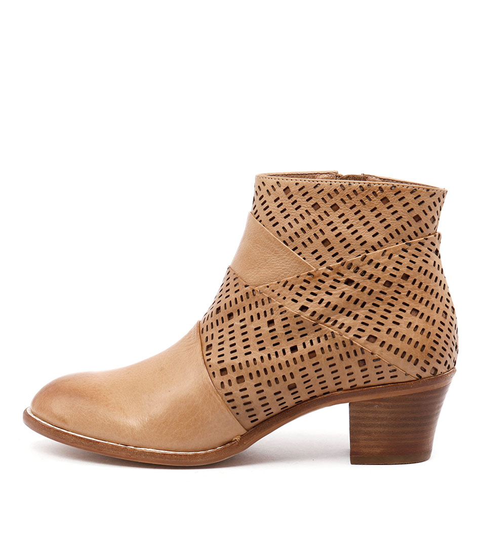 Top End Icant Tan Boots