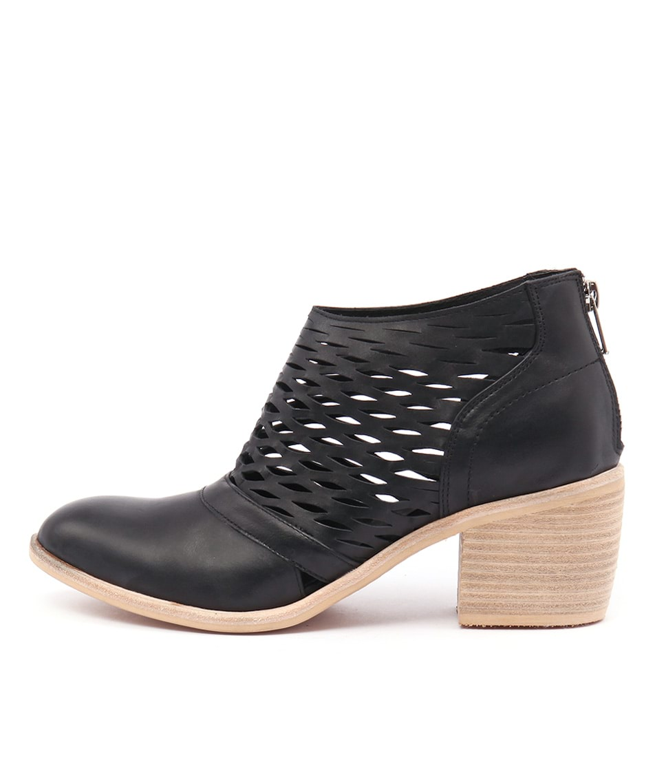 Top End Oblong Black Casual Ankle Boots