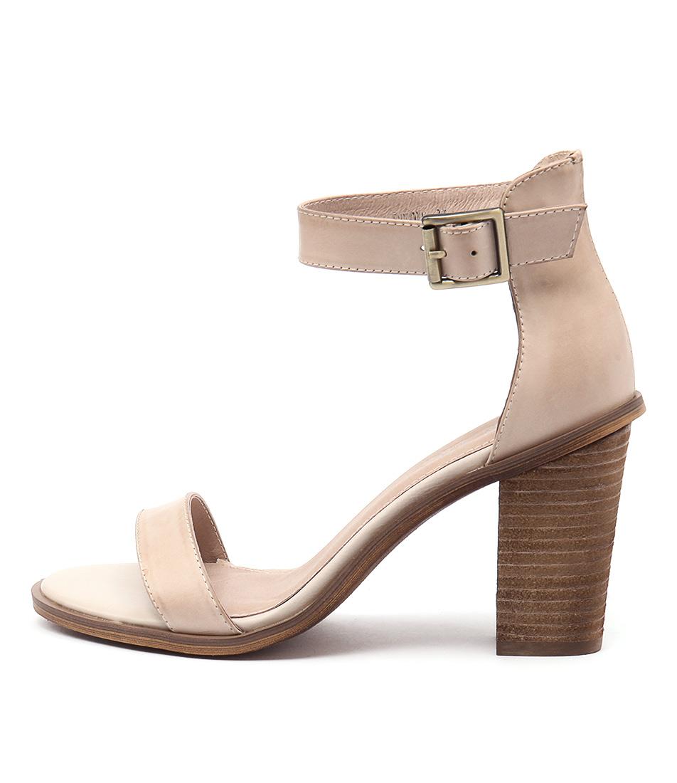 Top End Invoke Nude Sandals