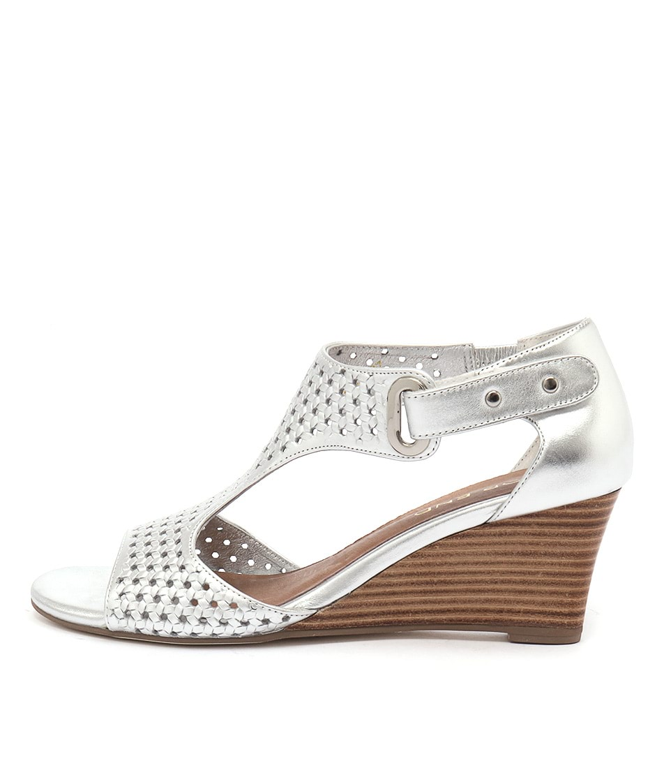 Top End Untick Silver Sandals