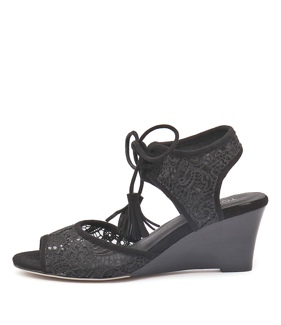Top End Unison Black Sandals