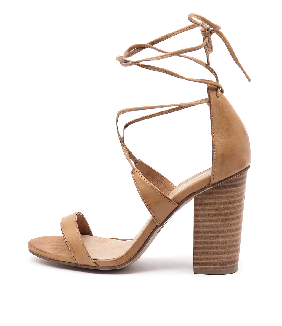 Top End Wascal Tan Sandals