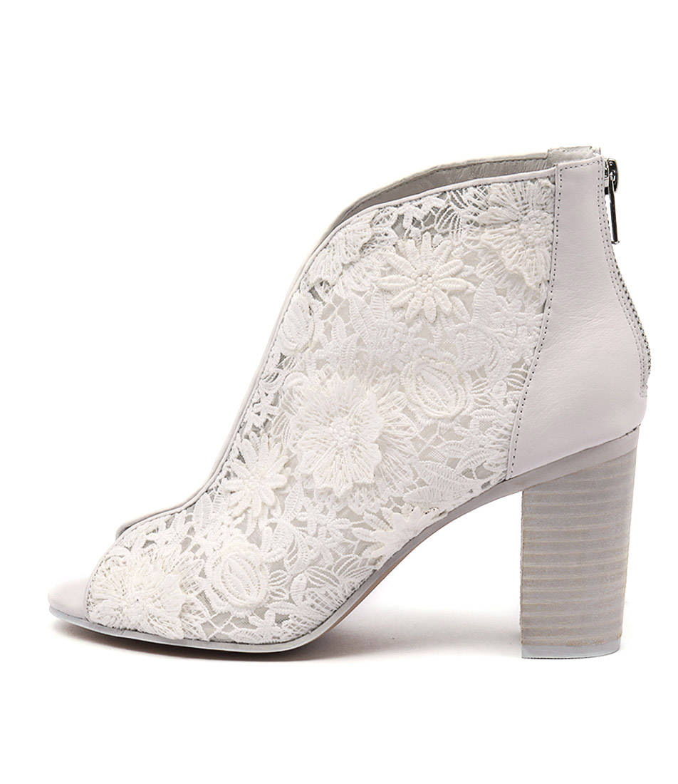 Top End Varana White Ankle Boots