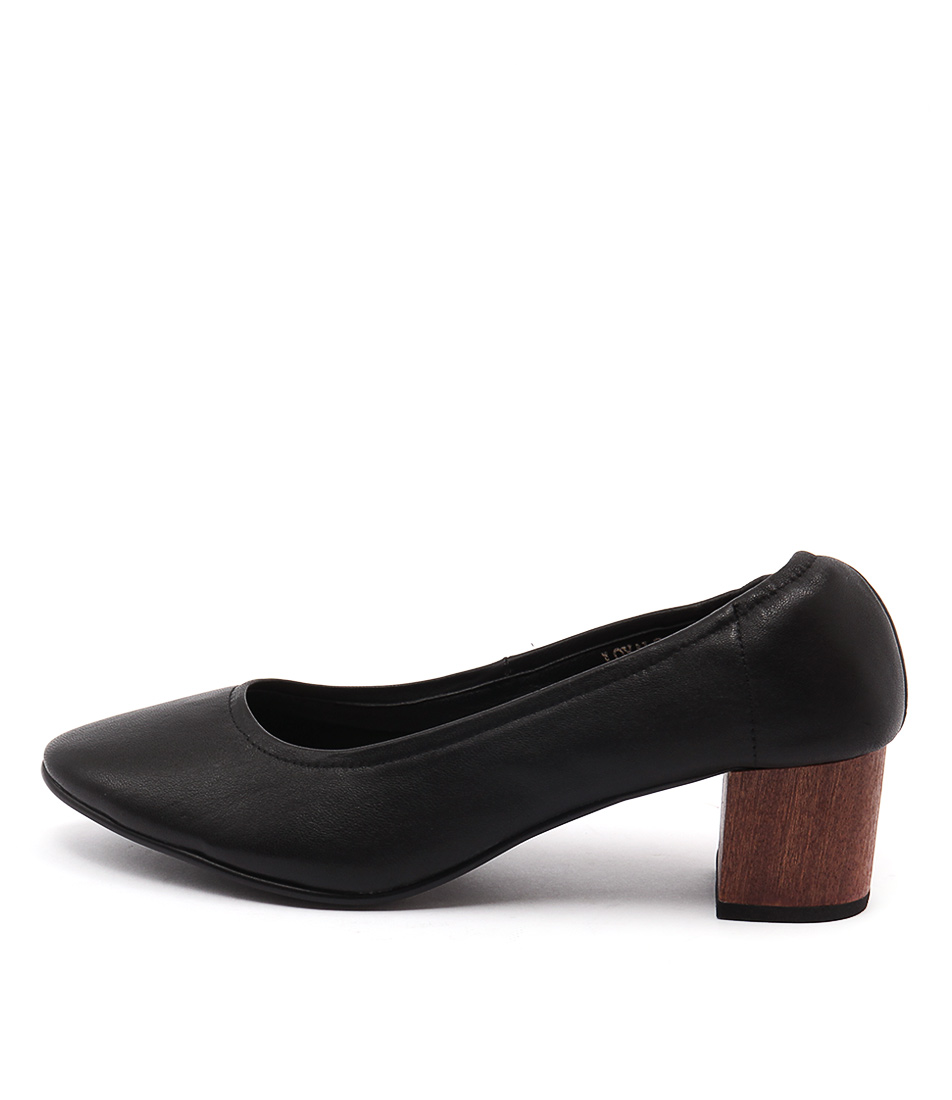 Top End Loyals Black Casual Heeled Shoes
