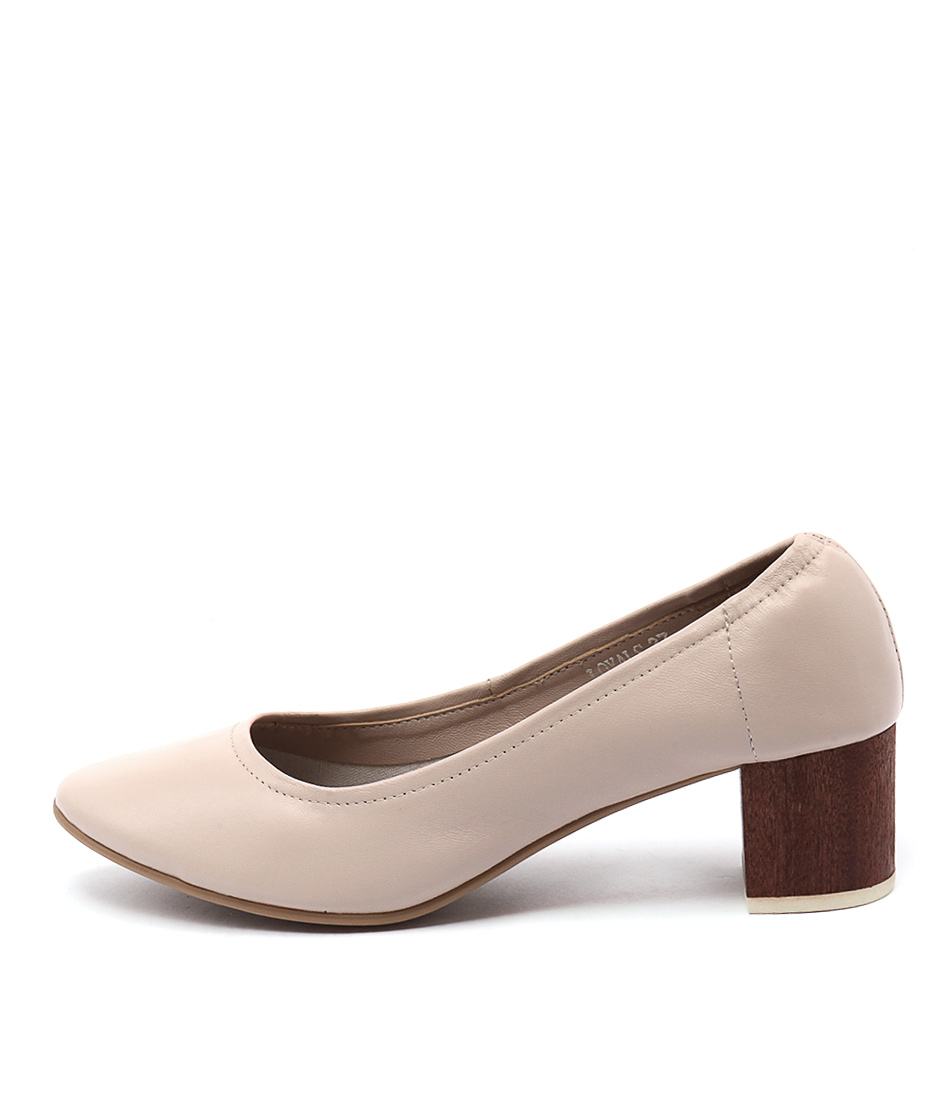 Top End Loyals Nude Heeled Shoes