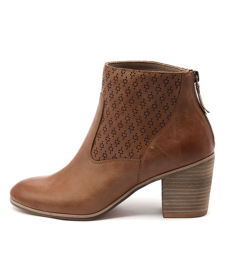 Photo of Top End Kalaria Tan Ankle Boots, shop Top End ankle boots online