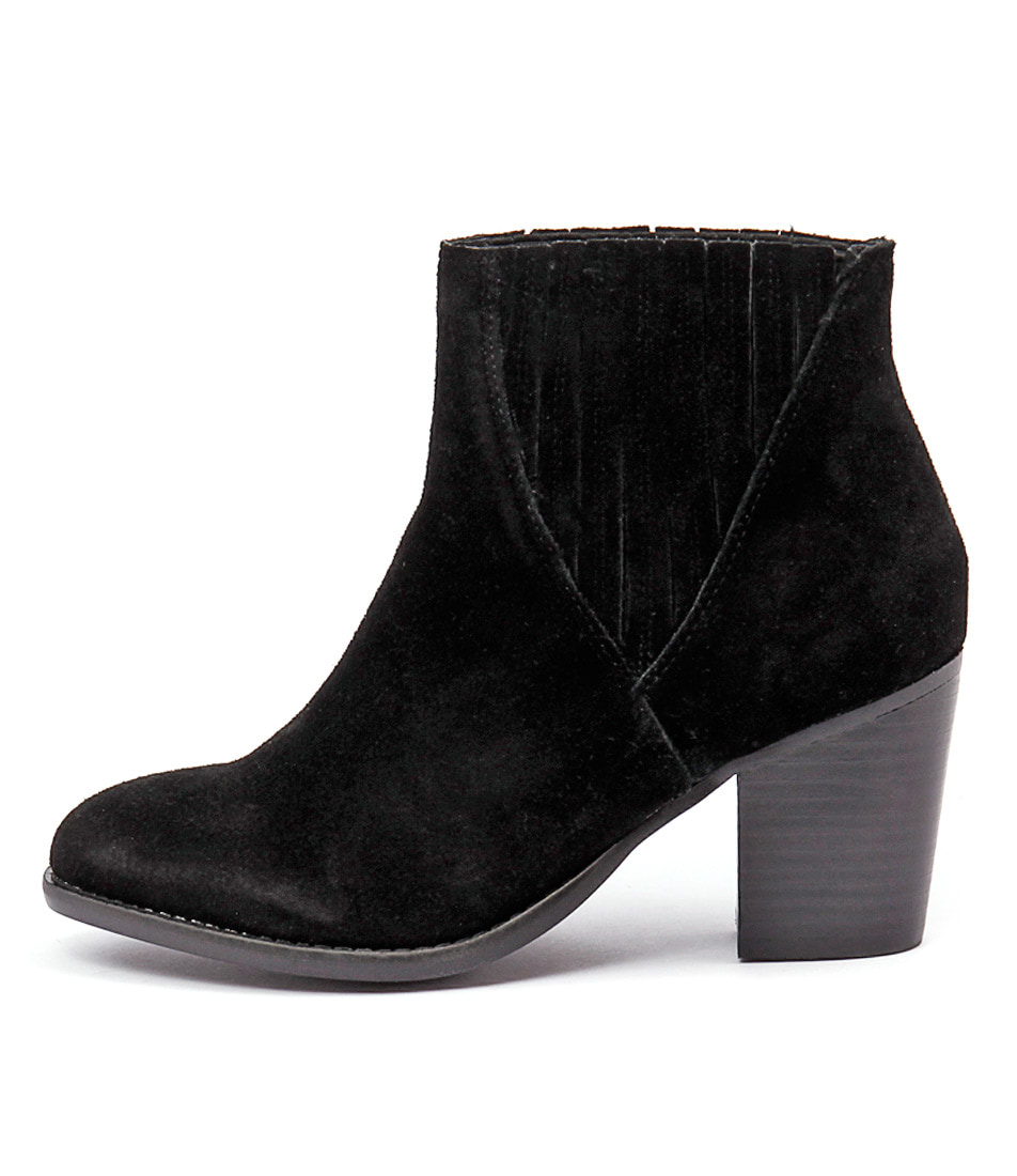 Urge Didi Black Casual Ankle Boots