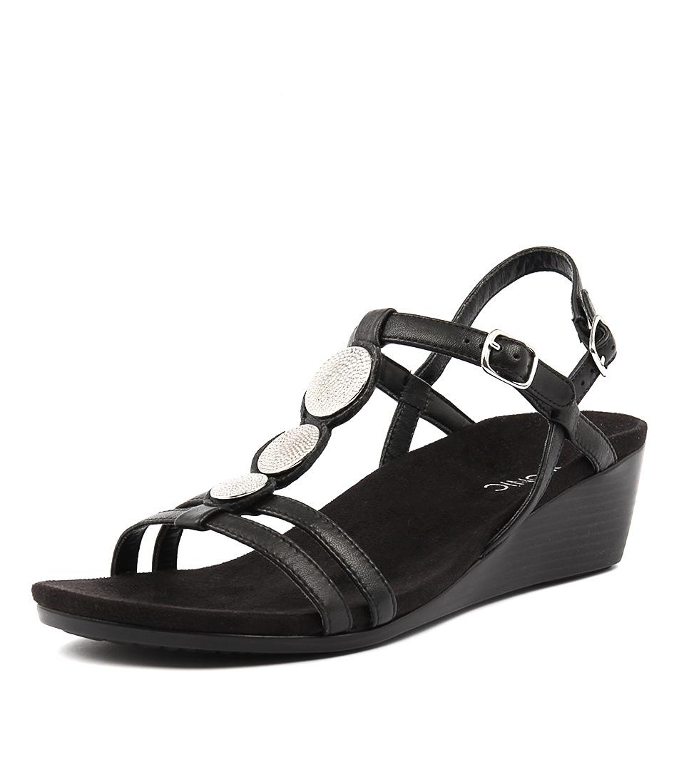Vionic Park Noleen Black Sandals