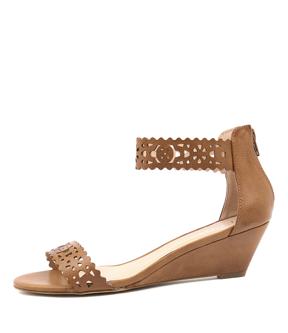 Verali Korona Tan Casual Heeled Sandals