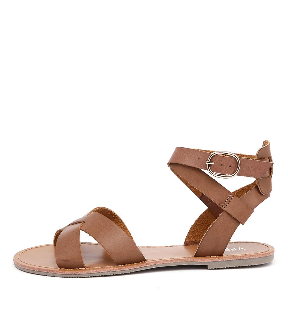 Verali Tina Ve Tan Flat Sandals