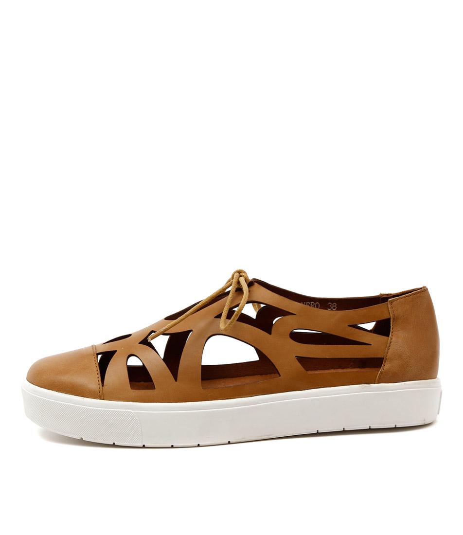 Silent D Vero Tan Sneakers
