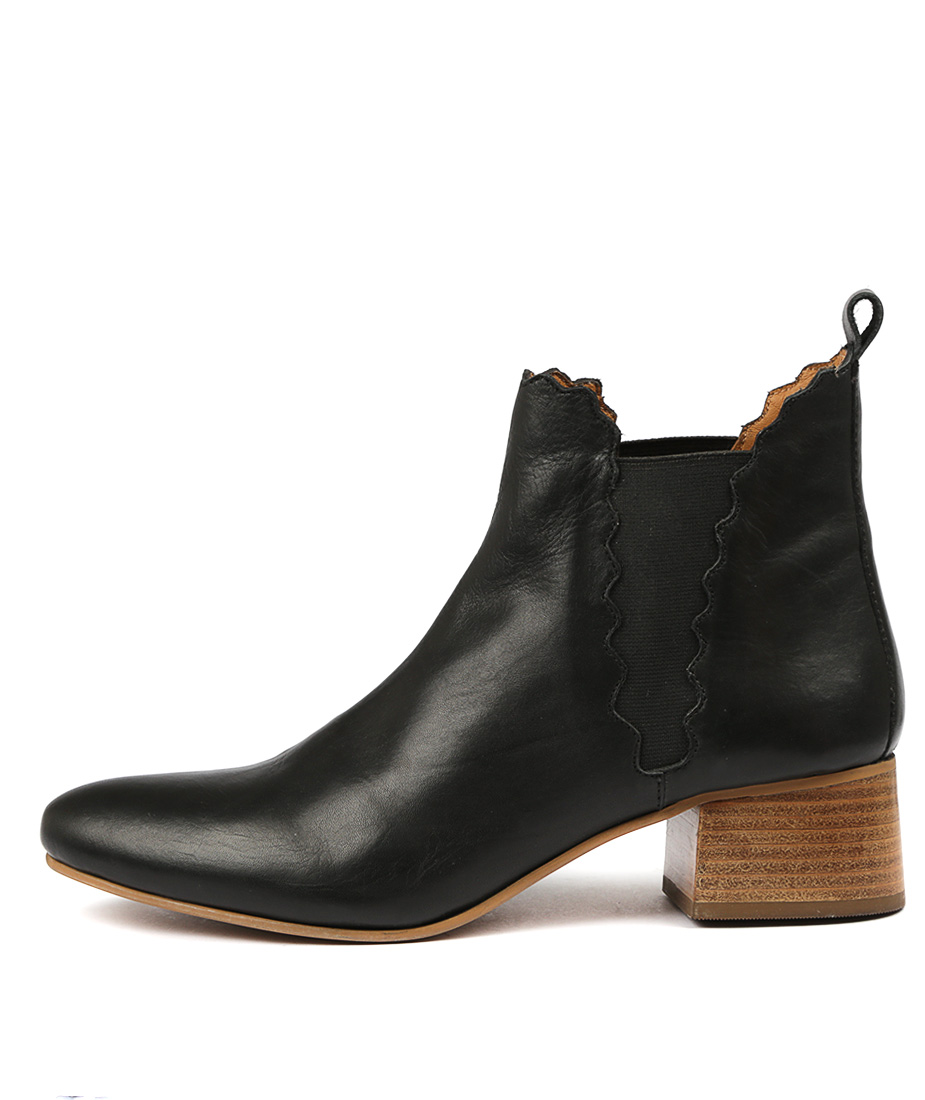 Valeria Grossi Crease W Black Ankle Boots