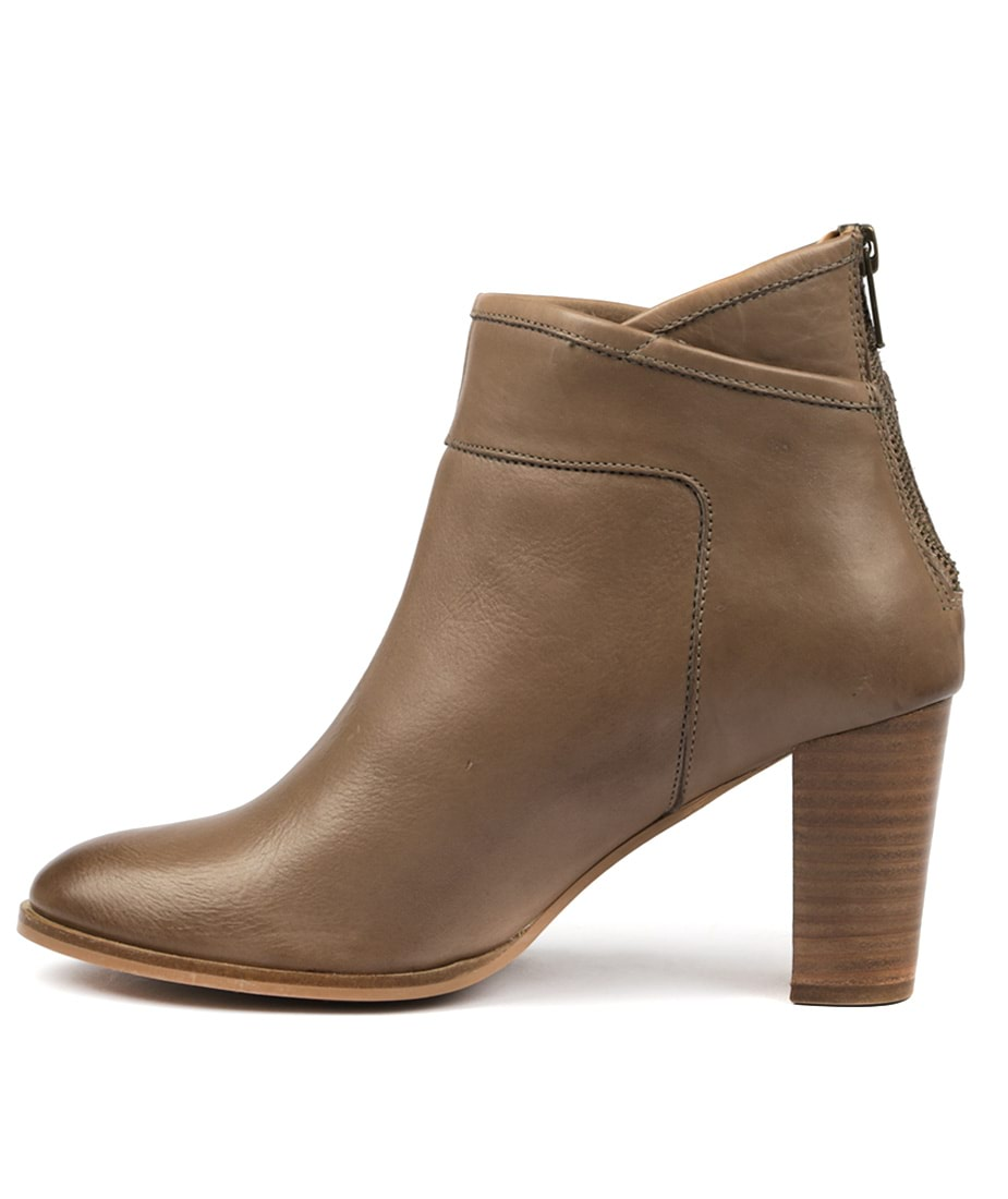 Valeria Grossi Club W Taupe Ankle Boots