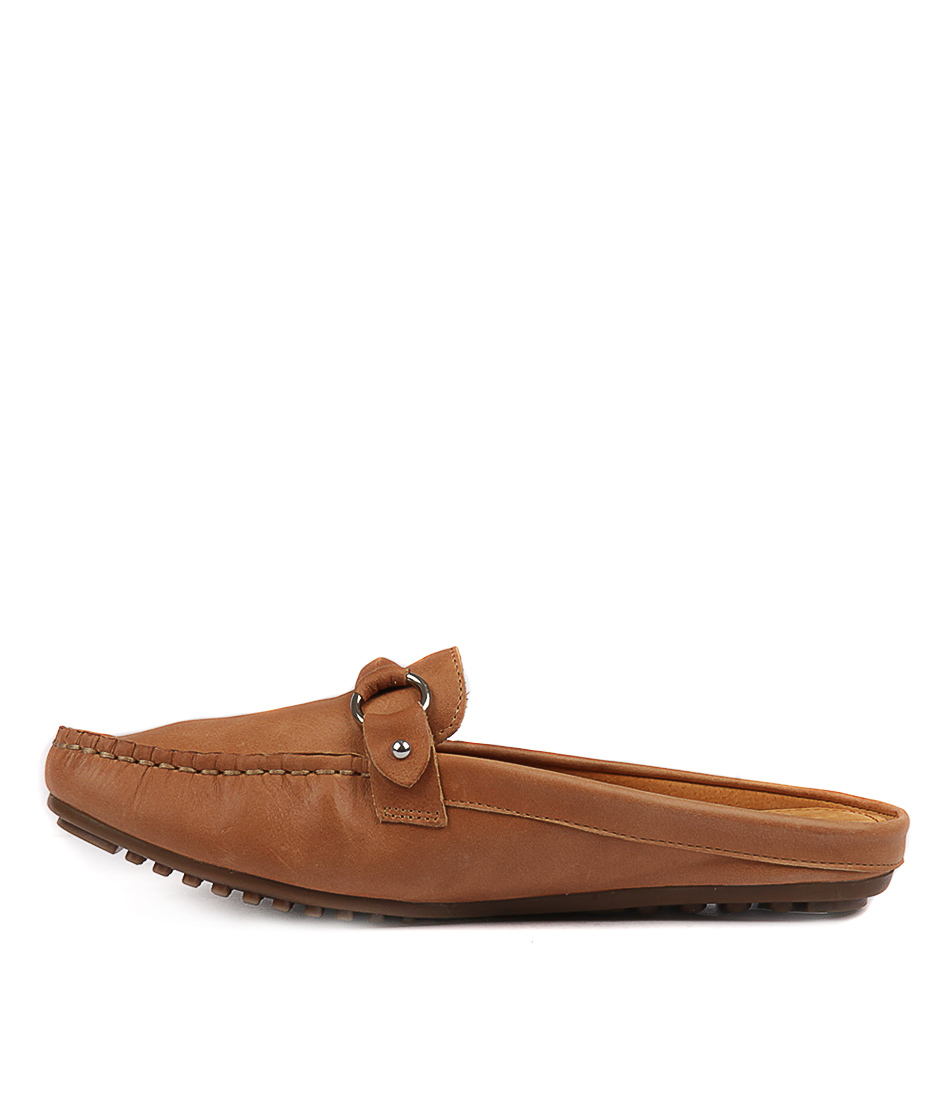 Walnut Coco Leather Slide Tan Flat Shoes