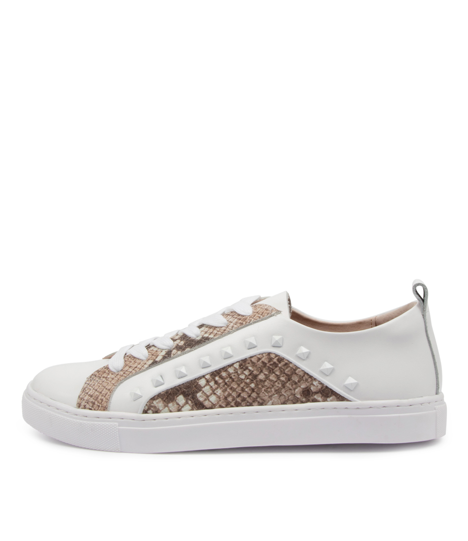 Buy Walnut Hatch Sneaker Wa White Sneakers online with free shipping