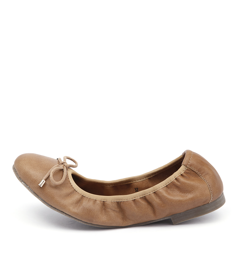 Walnut Chloe Wa Tan Casual Flat Shoes