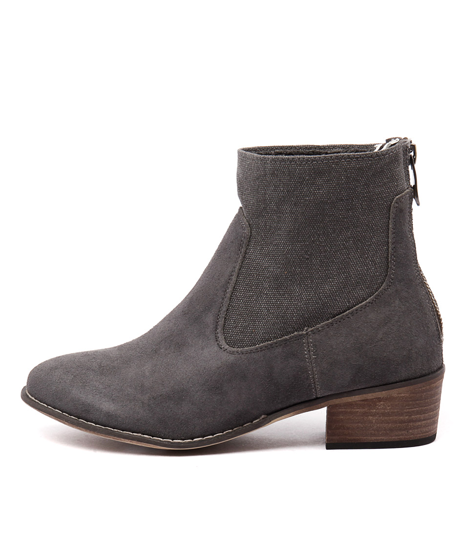 Walnut Smith Boot Light Grey Casual Ankle Boots