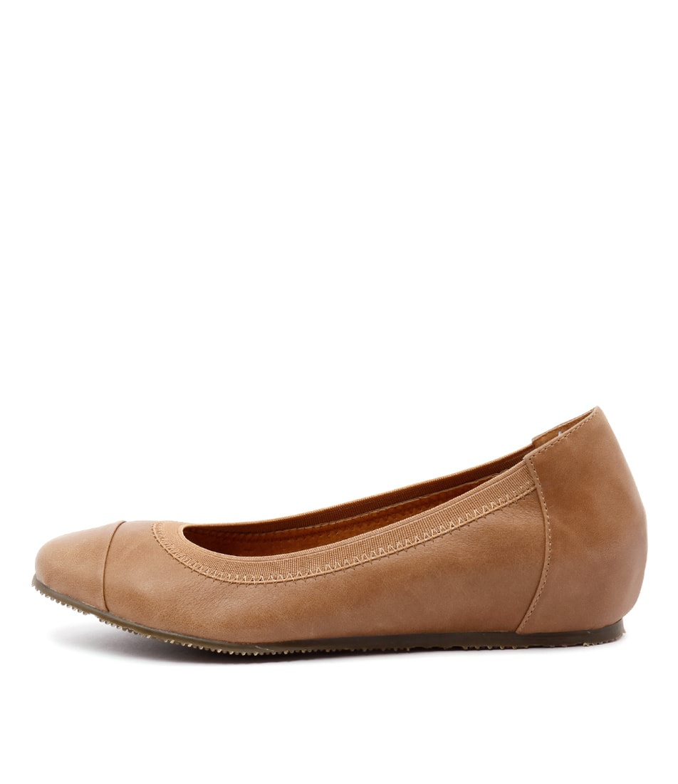 Walnut Ivy Mini Wedge Tan Casual Flat Shoes