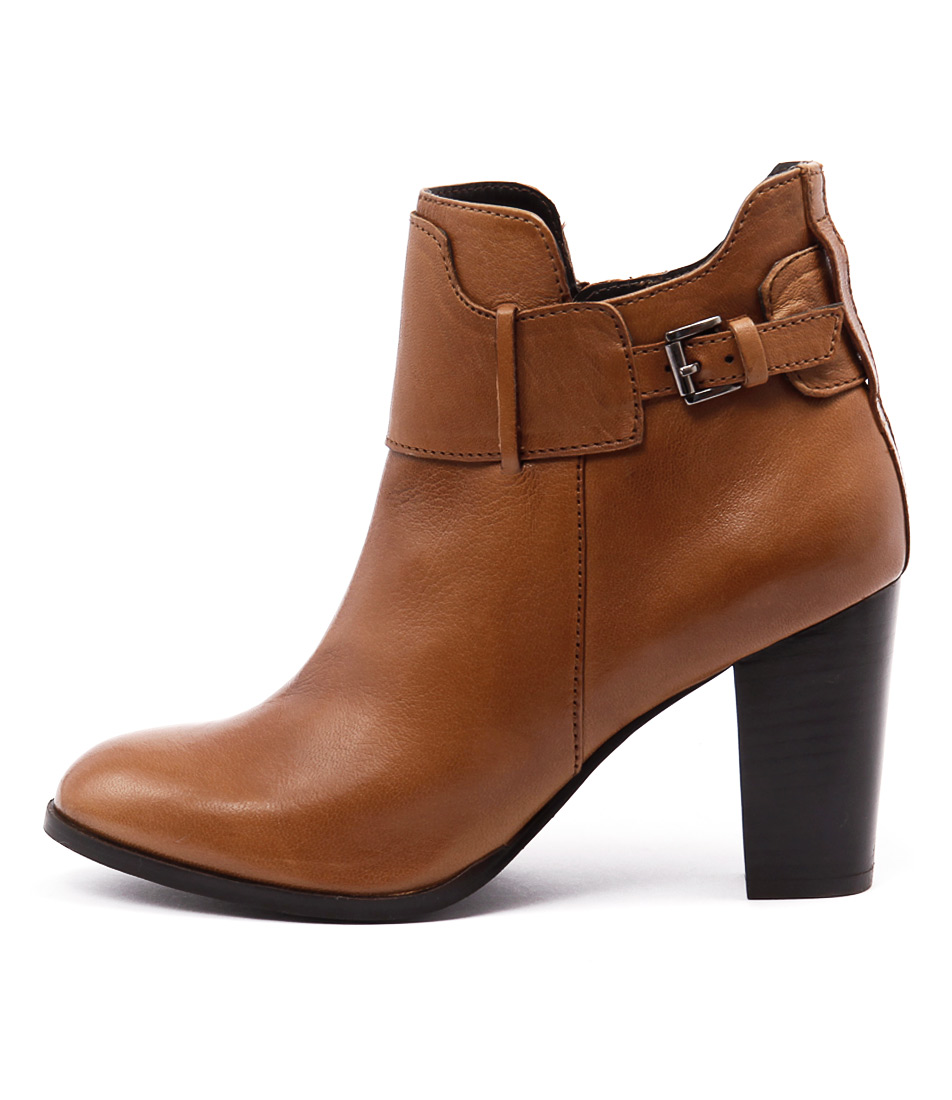 Walnut Flinders Boot Tan Boots Ankle Boots