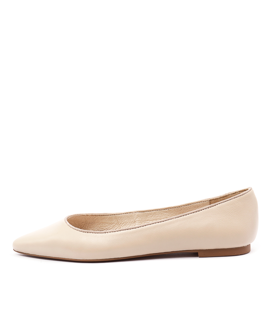Wanted Paris Nude Flat Shoes