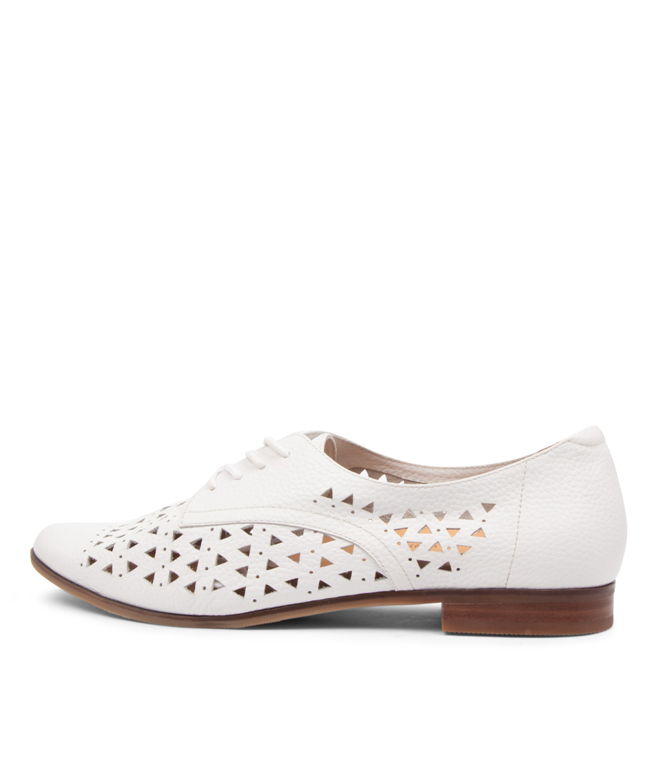 Buy Ziera Odie Ff Zr Optic White Flats online with free shipping
