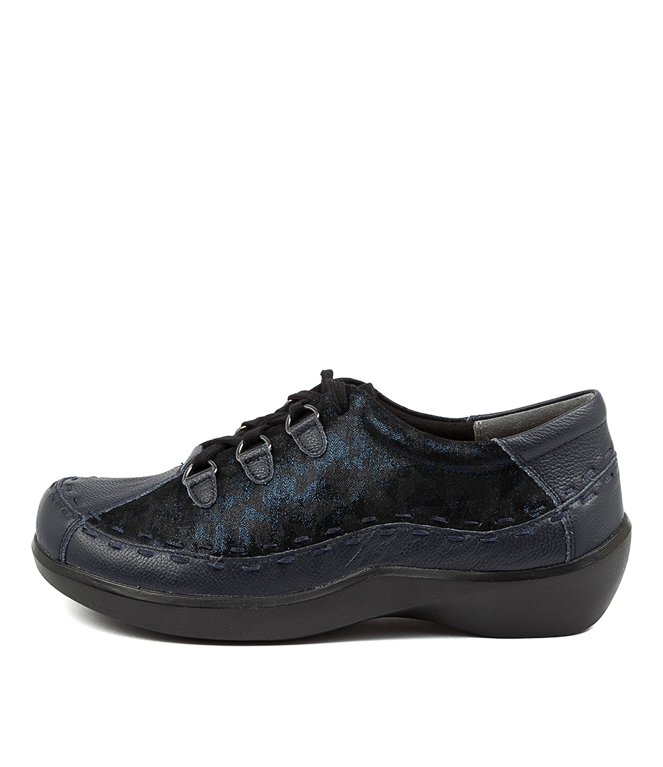 Buy Ziera Allsorts W Zr Navy Swirl Flats online with free shipping