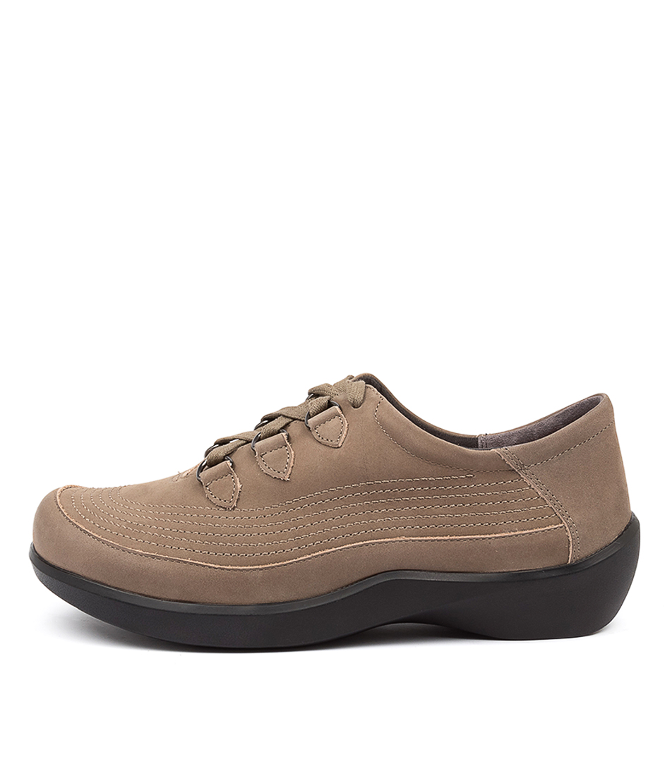 Buy Ziera Amaris Xw Zr Taupe Oregon Flats online with free shipping