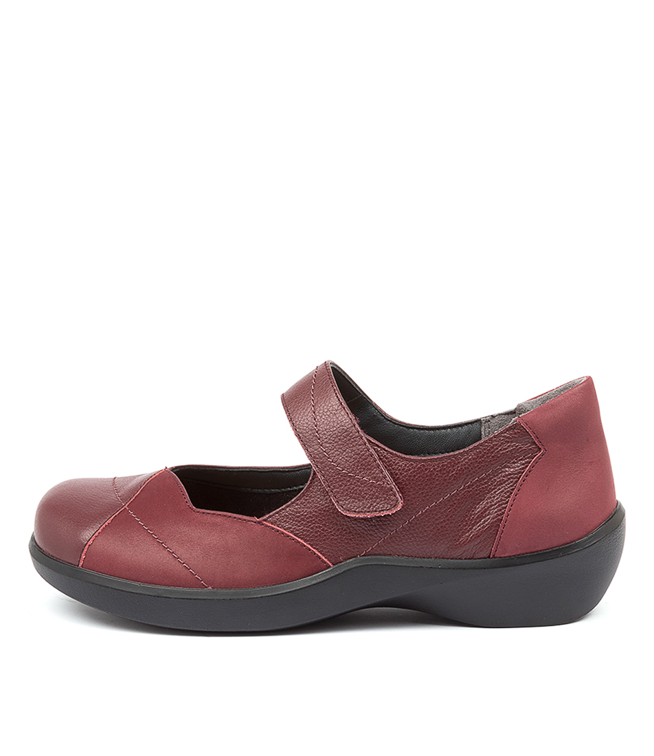 Buy Ziera Ariel Xw Zr Dk Red Flats online with free shipping