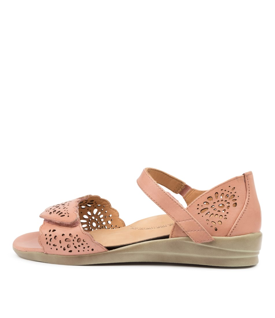 Buy Ziera Dusty W Zr Toasted Flat Sandals online with free shipping