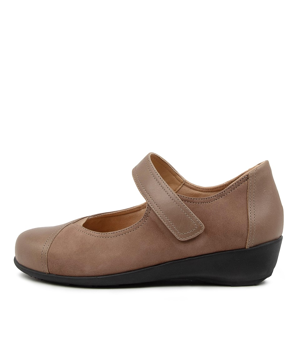 Buy Ziera Sarai Xf Zr Taupe Taupe Flats online with free shipping