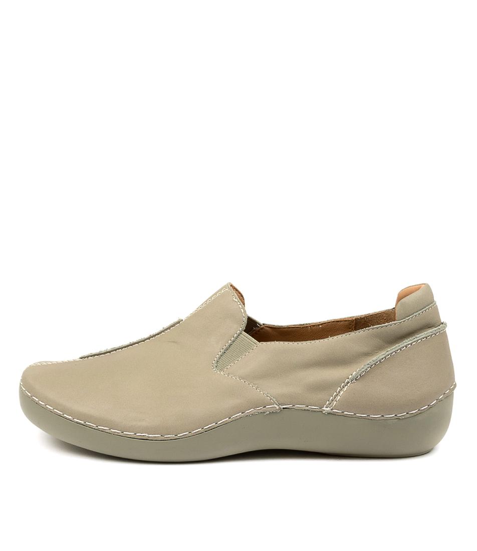 Buy Ziera Luis Xw Zr Khaki Flats online with free shipping