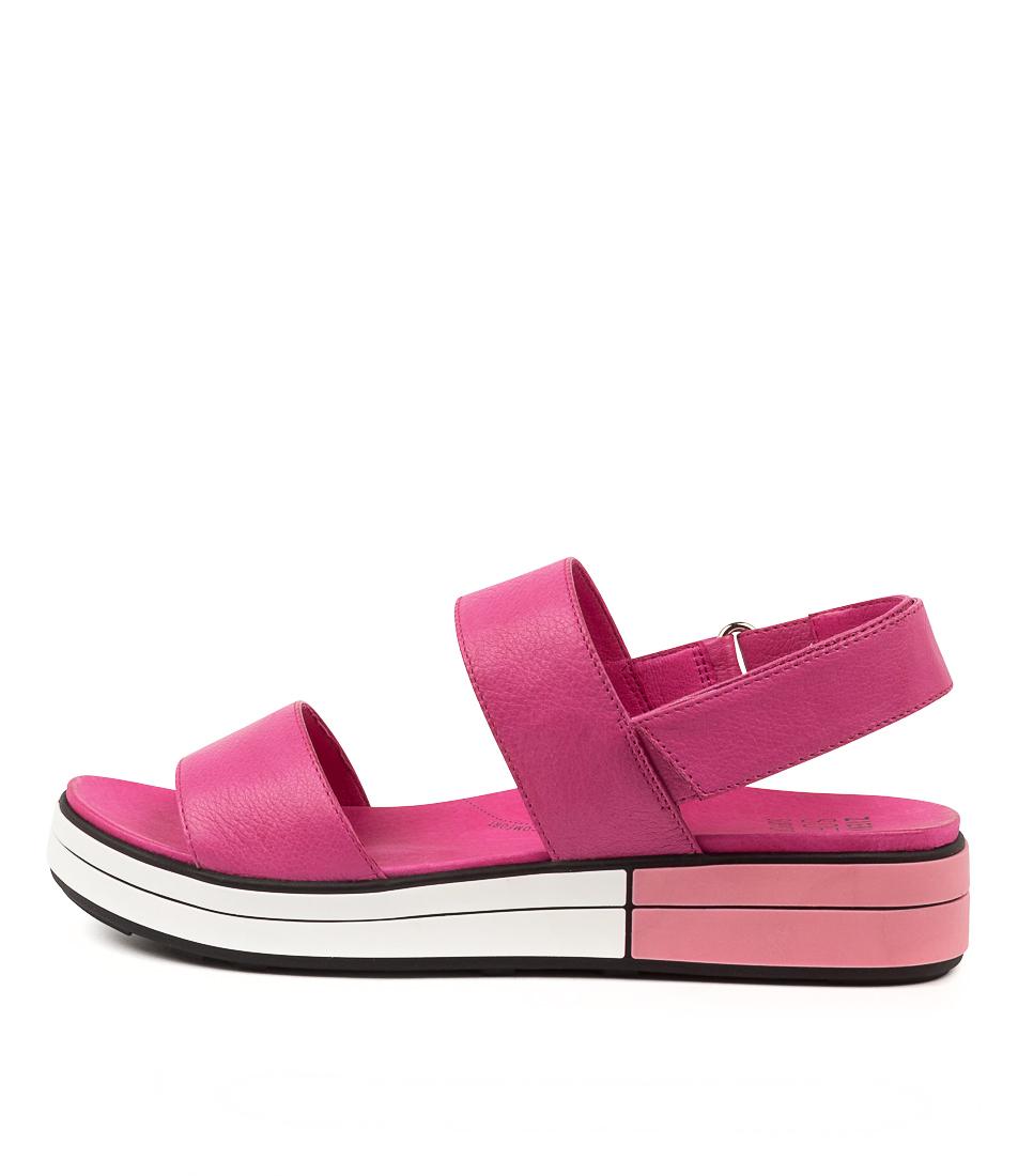Buy Ziera Sherri W Zr Fuchsia Flat Sandals online with free shipping