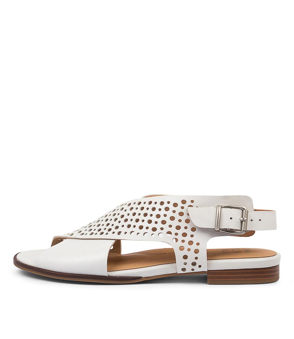 Buy Ziera Treka W Zr Optic White Flat Sandals online with free shipping
